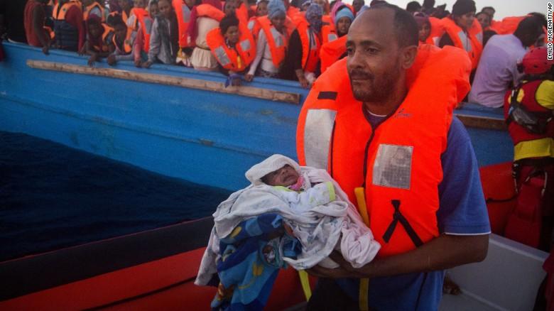 160830140139-04-libya-migrants-eu-exlarge-169